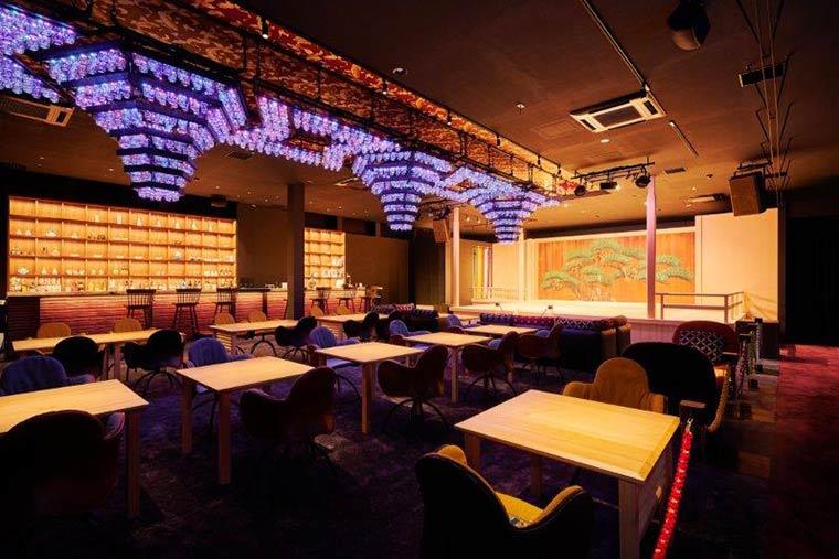 アートアクアリウム美術館のカフェスペース