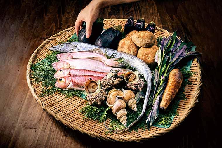 土産土法の精神と技術で提供される料理