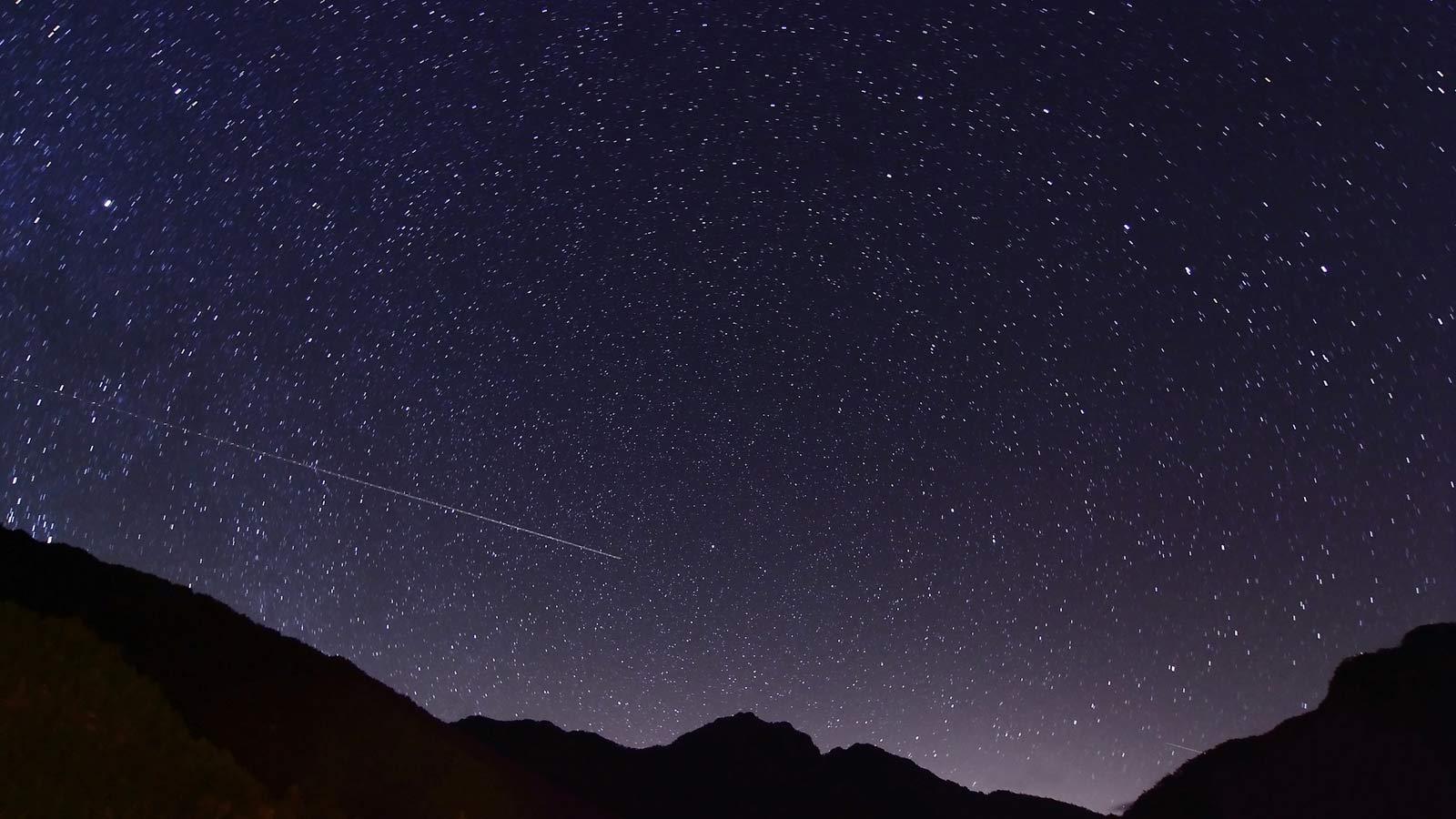 一起去看英仙座流星雨吧!可近距离观赏星空的住宿地特集