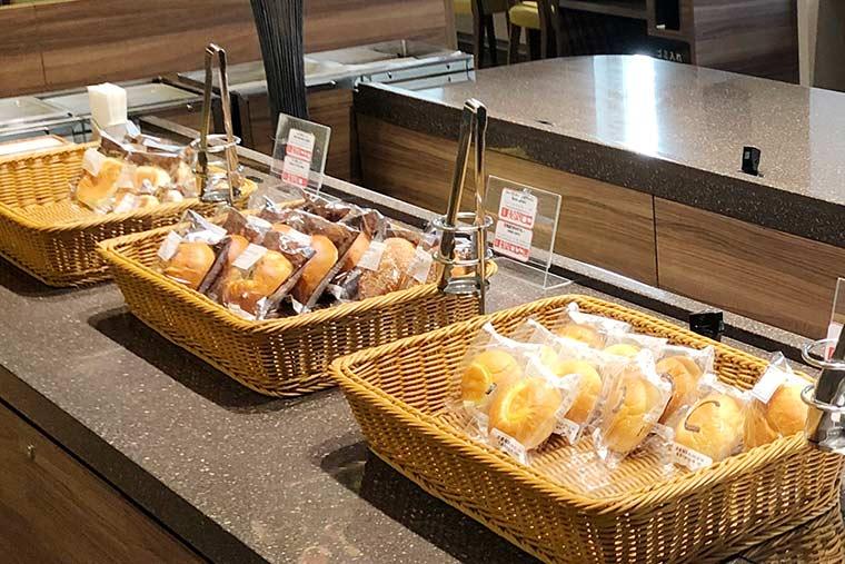 焼きたてパンが人気の「京王プレッソイン」での食事
