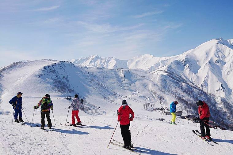 谷川岳天神平スキー場