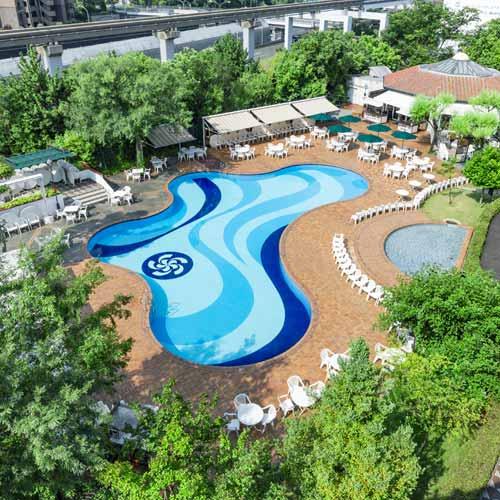 千里阪急ホテル ガーデンプール