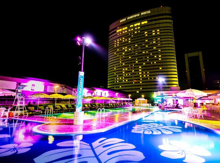 神戸ポートピアホテル ナイトプール