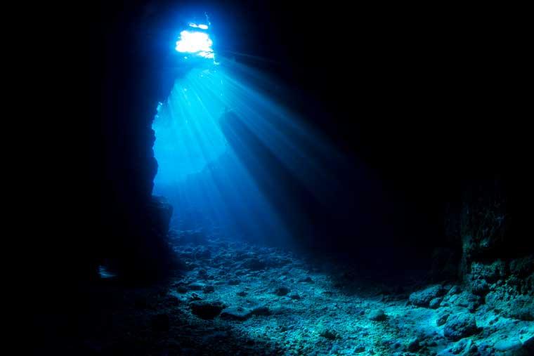 真栄田岬・青の洞窟
