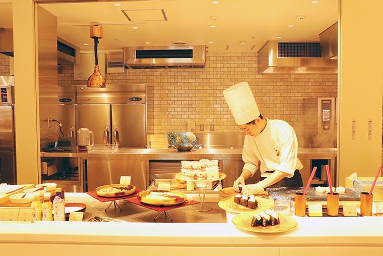 レストラン『ソリス グラーディア』オープンキッチン