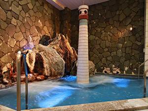 仙人と天女の露天風呂 昭和レトロなスパホテル 高砂温泉