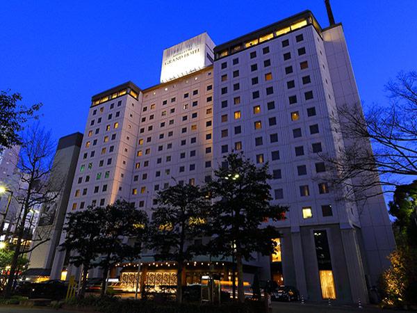 3旅行・ツアー(航空券+ホテル)【楽天トラベル】 西鉄グランドホテル
