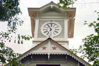 定番の時計台はJR札幌駅より徒歩8分