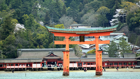 嚴島神社(広島県)