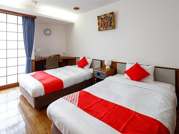 OYO 627 Hotel Posh