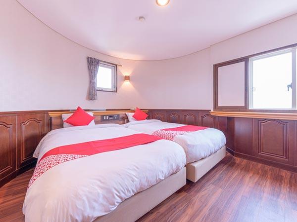 OYO 44377 Hotel Sankoen
