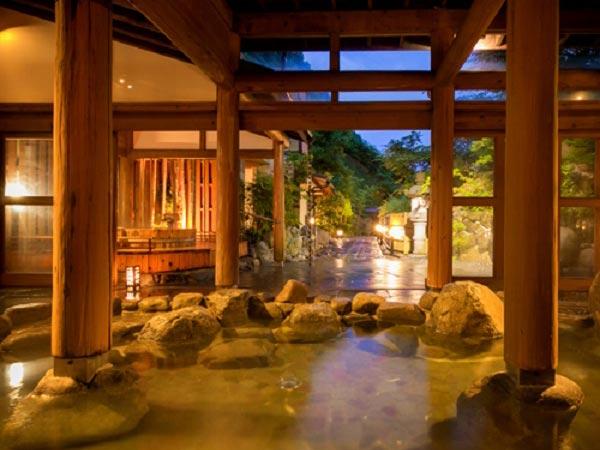 湯原温泉 湯めぐりの宿 松の家花泉