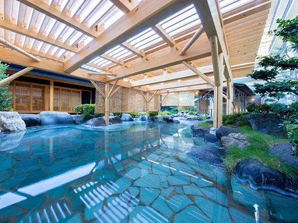 北陸最大級の庭園露天風呂の宿 清風荘<福井県あわら市>