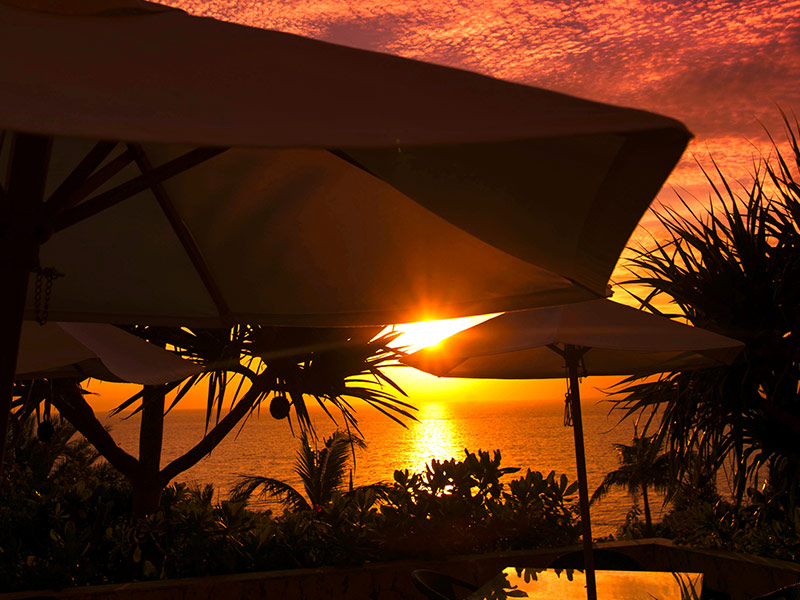 夕陽イメージ