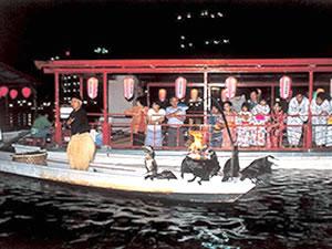 屋形船と鵜飼