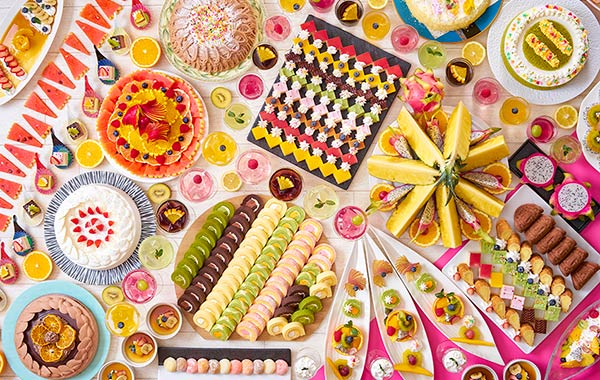 もちろんデザートも盛りだくさん!