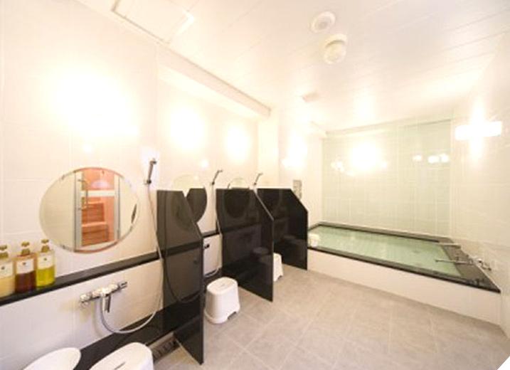 無料会員登録で、リフレッシュルーム(遠赤外線サウナと浴室)ご利用可能