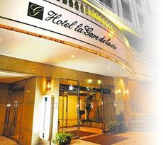 祭の日 ホテル ブーゲンビリア新宿(旧ホテル ラ・ガール・ドゥ・ラ ヴィー新宿)