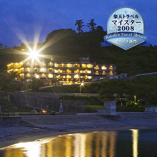和倉温泉で宿泊客無料で輪島塗を体験できる宿をしています。