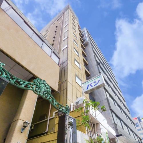 OYO 築地ビジネスホテル バン