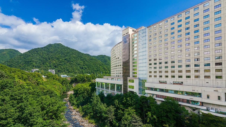 雪景色を堪能したい!定山渓温泉で10,000円以下で泊まれる温泉宿
