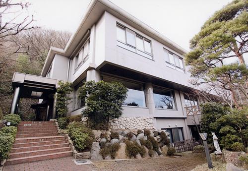 愛犬を連れて箱根旅行へ行きたい!1泊2日、1人と1匹の旅