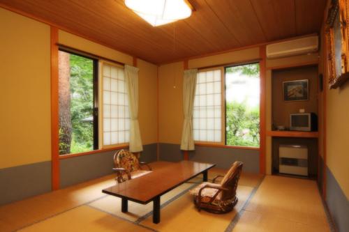 塩原温泉 創作料理と源泉掛け流しの宿 本陣 画像