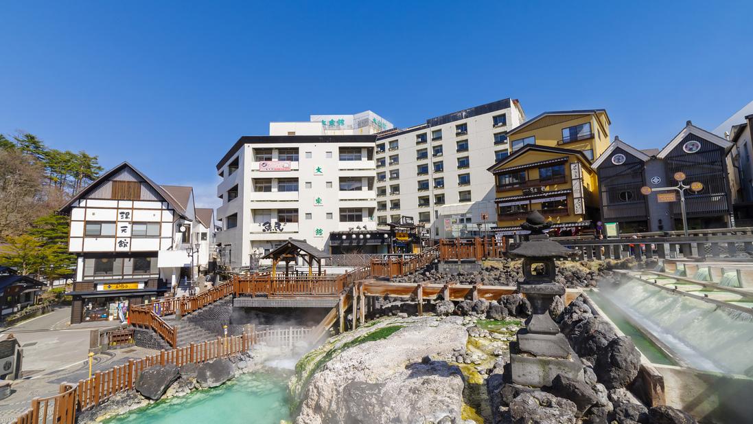 雪景色を楽しむ冬の草津温泉で源泉掛け流しの旅館は?