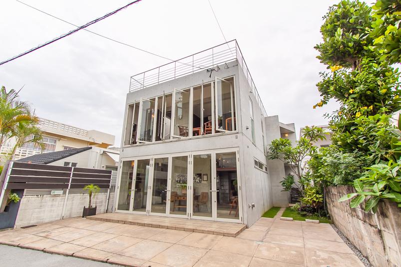 IZM ishigaki tourist house <石垣島>