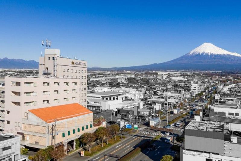 アパホテル<富士中央>...