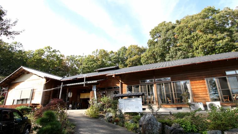 関東圏で秘湯と呼ばれる温泉地に泊まりたい