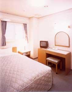 OYO ビジネスホテル たかまど 新大宮の部屋画像