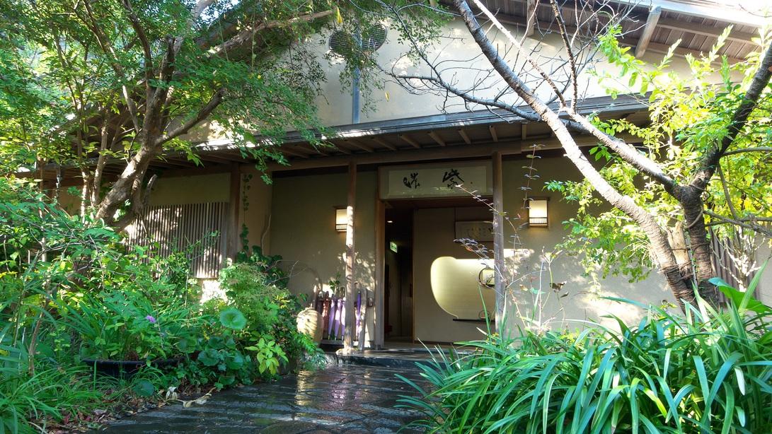下田温泉で湯めぐりするのに利便性の良い宿って?