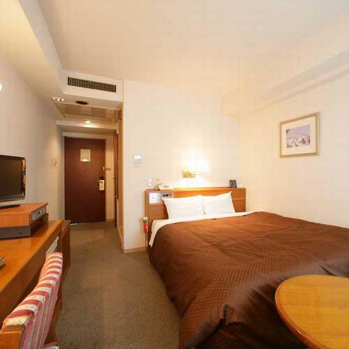 ホテル梶ヶ谷プラザの客室の写真