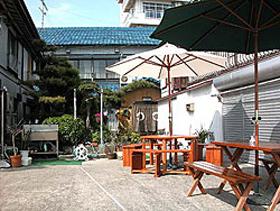 海辺の民宿八嶋荘の外観