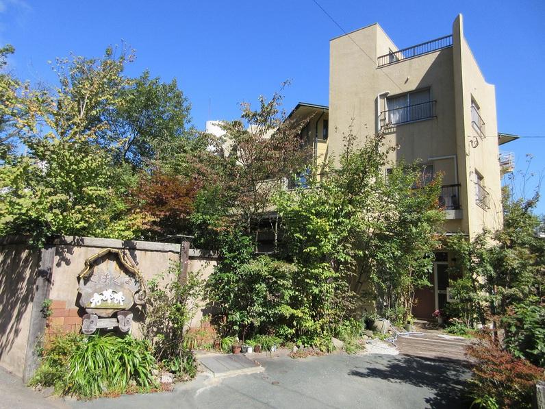 別府温泉でペンションや貸別荘、ロッジなどの宿はありますか?