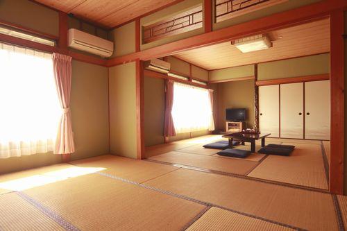 日間賀島 漁師宿 まる甚の部屋画像