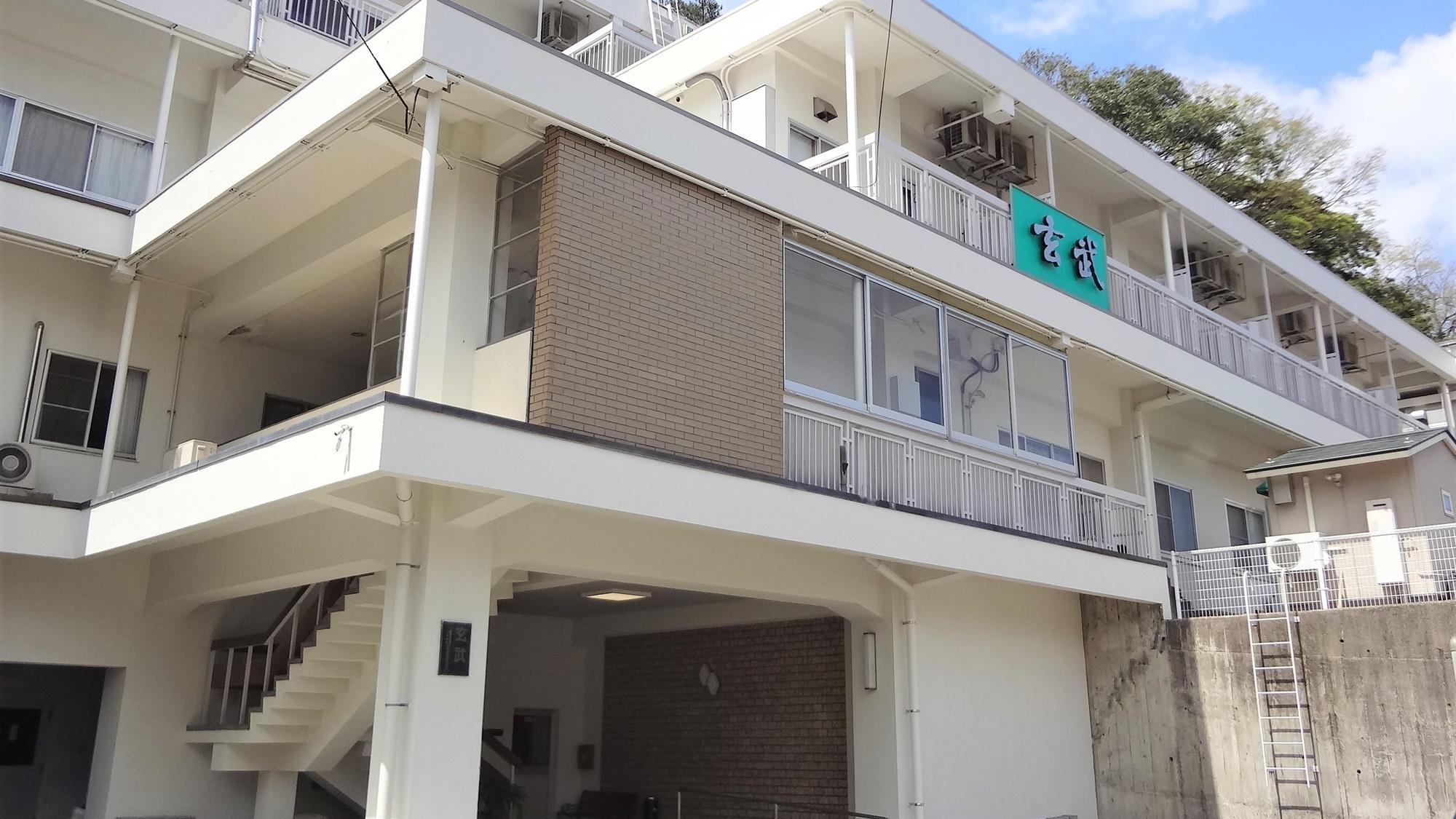 城崎温泉で電車で利用しやすい駅から近いお宿はありますか。