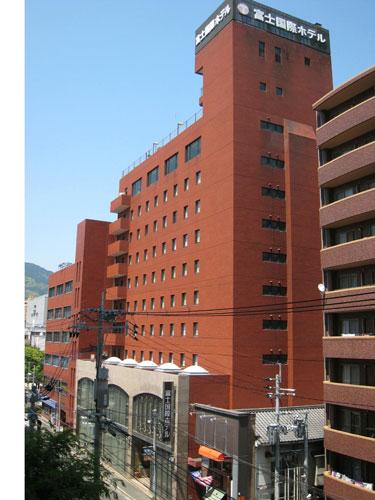 スマイルホテル佐世保(旧 富士国際ホテル)...