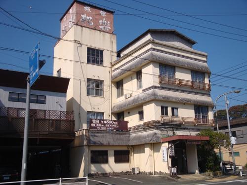 日本初のキャッスルステイ1泊100万!…は無理なので城下町に泊まりたい