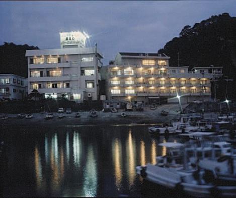 高よしパークホテル