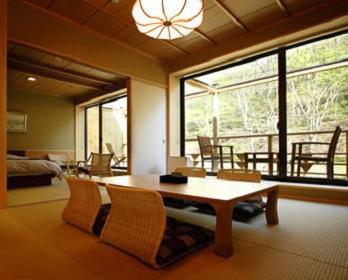 小瀬温泉ホテルの客室の写真
