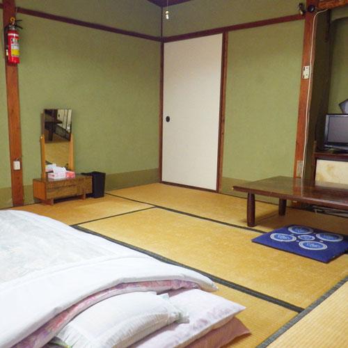料理旅館 丸茂の客室の写真