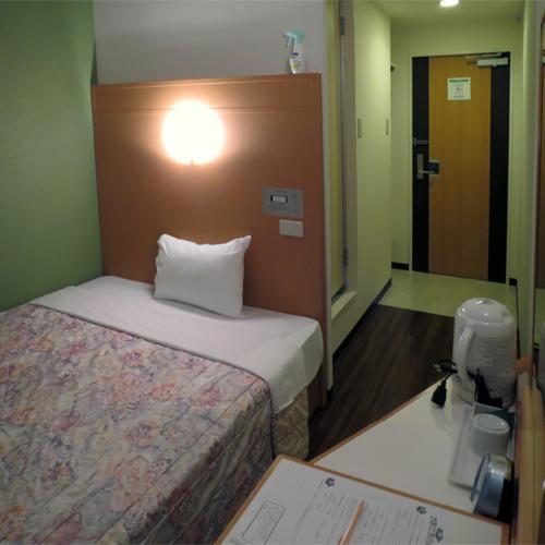 スーパーホテル石垣島 <石垣島>の客室の写真