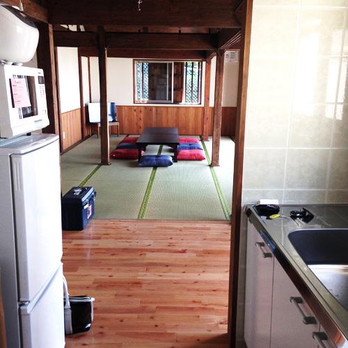 北谷ジャーガル邸の客室の写真