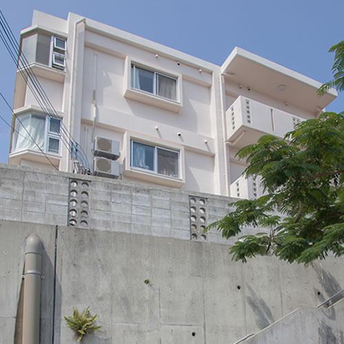 かりゆしコンドミニアムリゾート沖縄 グリーンガーデンヒルズの外観