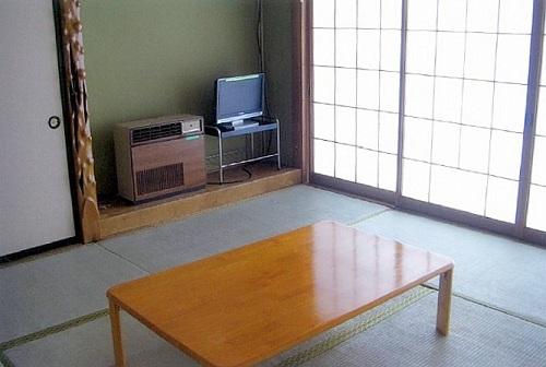 湖畔荘 <新潟県>の客室の写真
