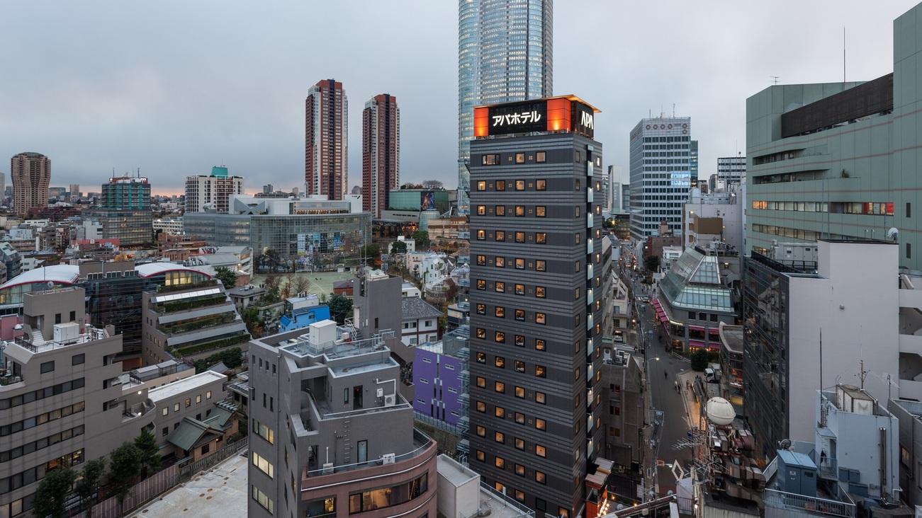 アパホテル<六本木駅前>...