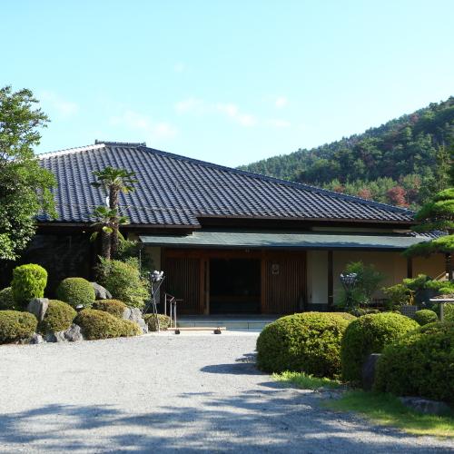 割烹旅館 桃山 <長野県>...