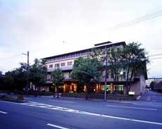 御所西・京都平安ホテル
